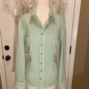 New York & Company Green/White Top Size XL